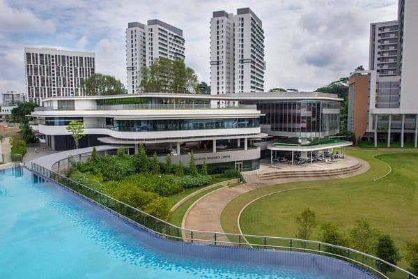 trường đại học rẻ nhất ở Singapore